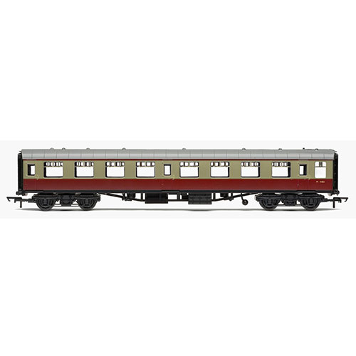 Hornby R4628 RailRoad, BR, Mk.1 Tourist Second Open Coach, BR Carmine & Cream -Era 4